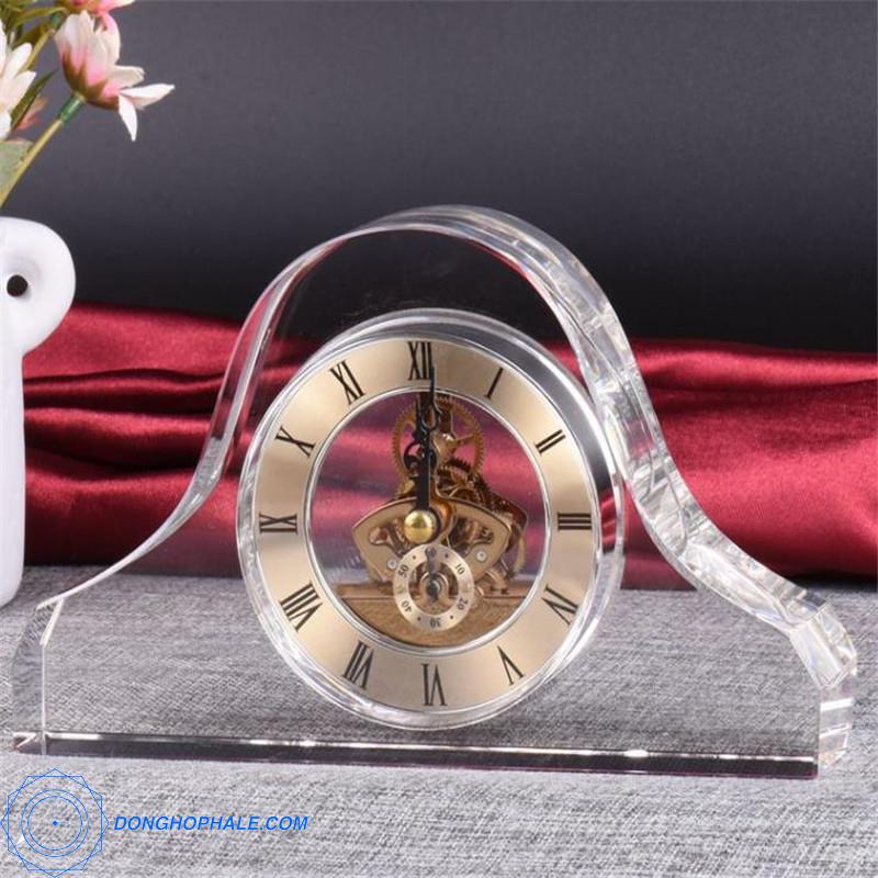 Đồng hồ pha lê 10